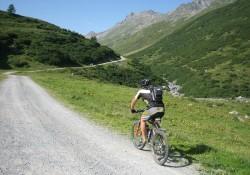 De rigtige MBT sko giver større fart, frihed og sikkerhed på mountainbike-turen